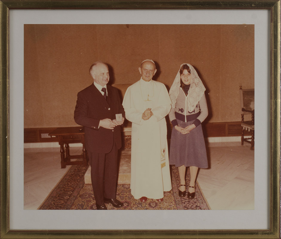 Pope Paul VI with August and Marion Kunst